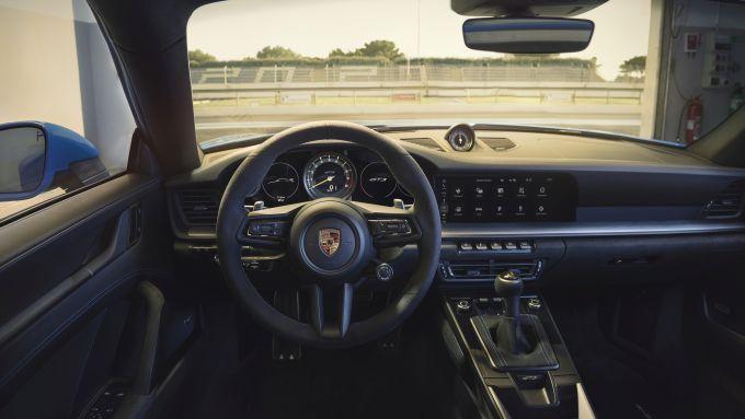 Porsche 911 GT3: il posto guida