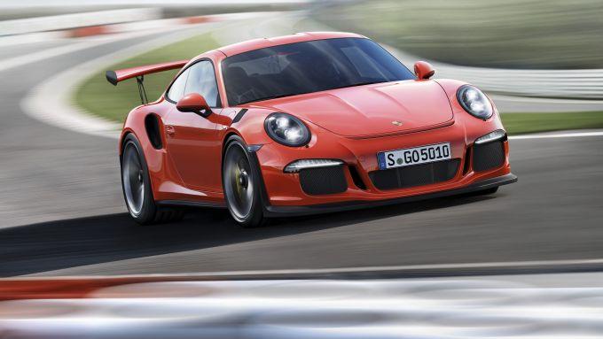 Porsche 911 GT3 RS: vista 3/4 anteriore