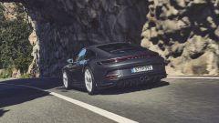 Porsche 911 GT3 Touring: visuale di 3/4 posteriore
