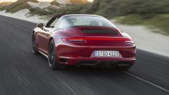 Porsche 911 GTS 2017: prova, dotazioni, prezzi [VIDEO] - Immagine: 1