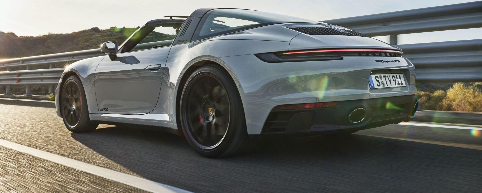 Porsche 911 GTS 2021: ecco la versione Targa