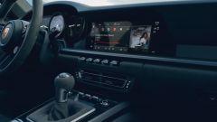 Porsche 911 GTS 2021: la versione Coupé, la plancia