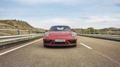 Porsche 911 GTS 2021: la versione Coupé, vista frontale