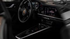 Porsche 911 ibrida: l'abitacolo della 911