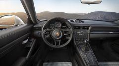 Porsche 911 R: l'apparenza inganna - Immagine: 8