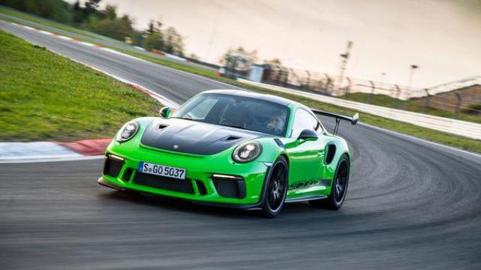Porsche 911 serie 991: la sportivissima GT3 RS con motore 4.0 aspirato