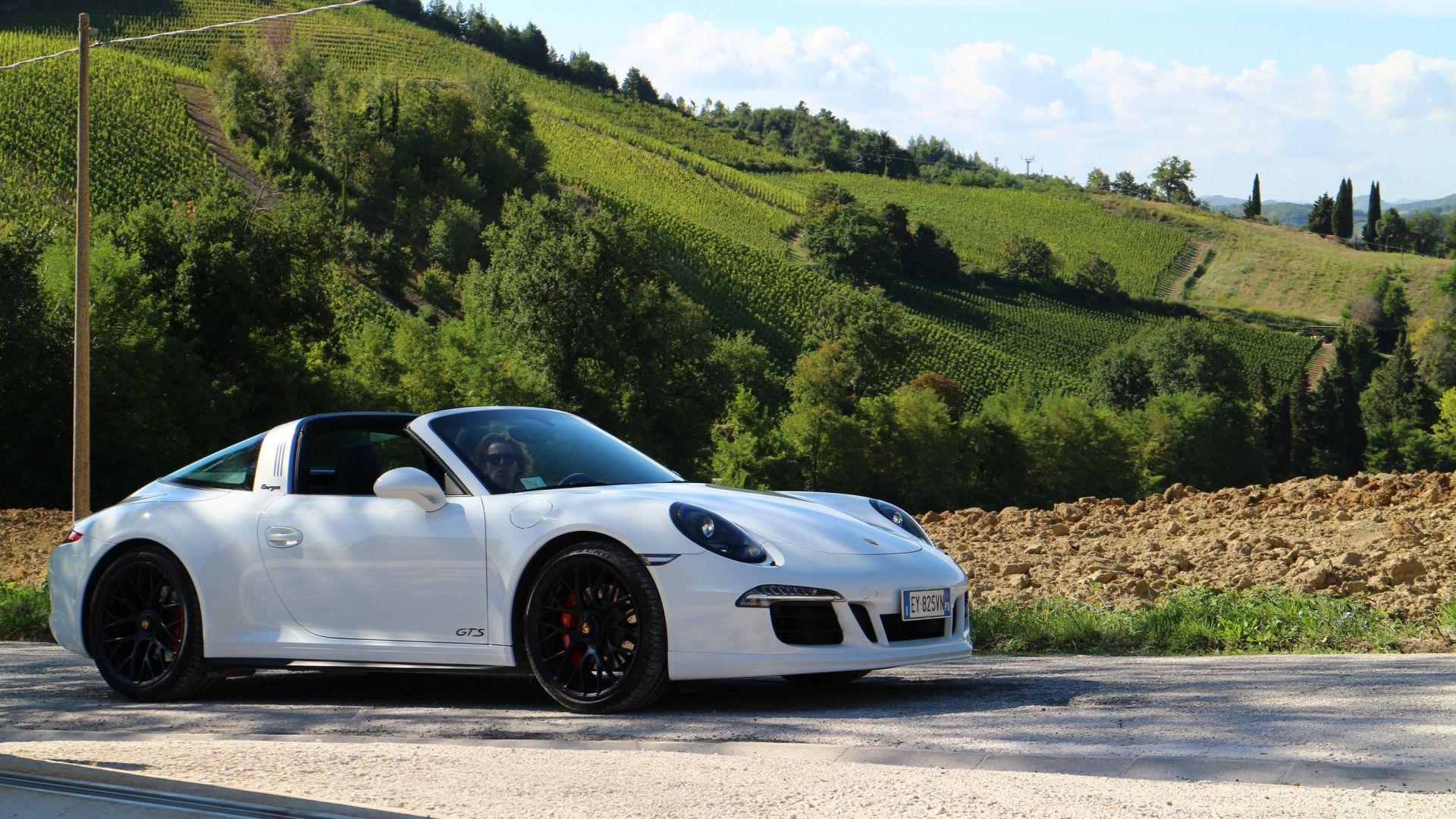 Test Drive Porsche 911 Targa 4 Gts Motorbox