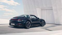 Porsche 911 Targa 4S 2020, vista 3/4 posteriore