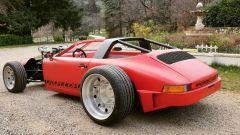 Porsche 911 Targa: motore V8 a vista, così come gli pneumatici