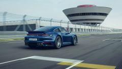 Porsche 911 Turbo 2020, 0-100 km/h in 2,8 secondi