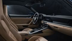 Porsche 911 Turbo 2020, gli interni