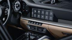 Porsche 911 Turbo 2020, la console centrale