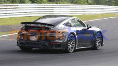 Nuova Porsche 911 Turbo: la sportiva tedesca con motore ibrido