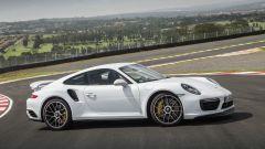 Porsche 911 Turbo S 2016: la regina è sempre lei  - Immagine: 6