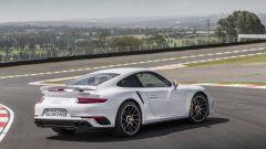 Porsche 911 Turbo S 2016: la regina è sempre lei  - Immagine: 7