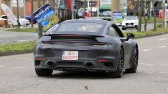 Porsche 911 Turbo S 2020: posteriore