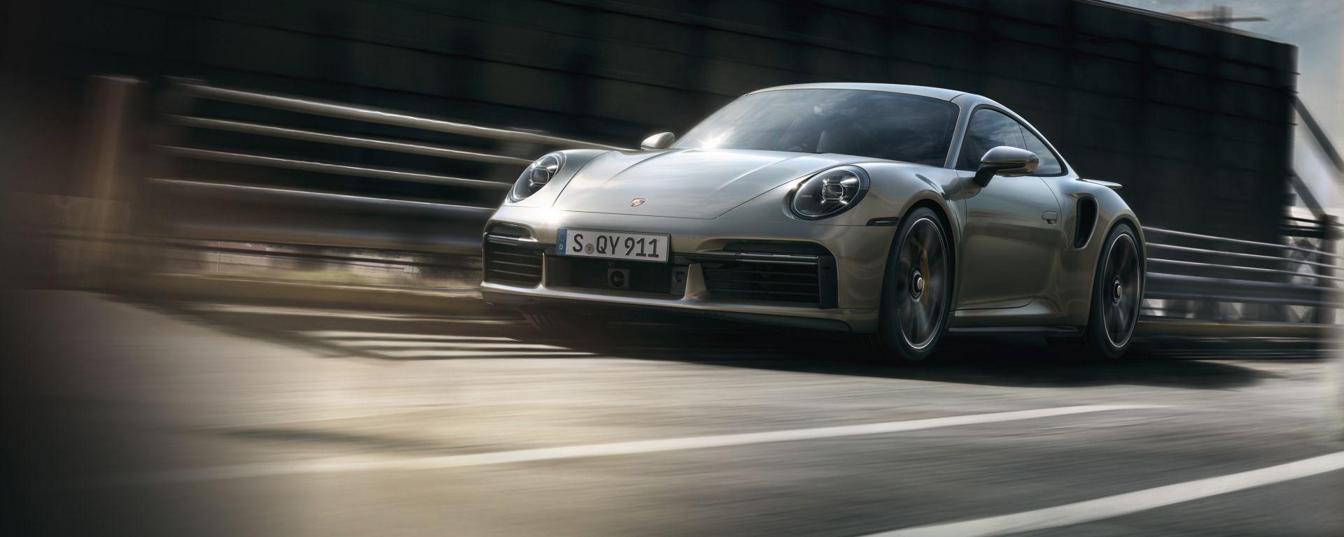 Porsche 911 Turbo S 2020, vista 3/4 anteriore