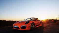 Porsche 911 Turbo S Cabriolet by WImmer: il colore arancione non passa certo inosservato