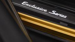 Porsche 911 Turbo S Exclusive Series, particolare delle minigonne