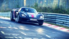 Porsche 918 Spyder a tutto gas sulla pista del Nurburgring