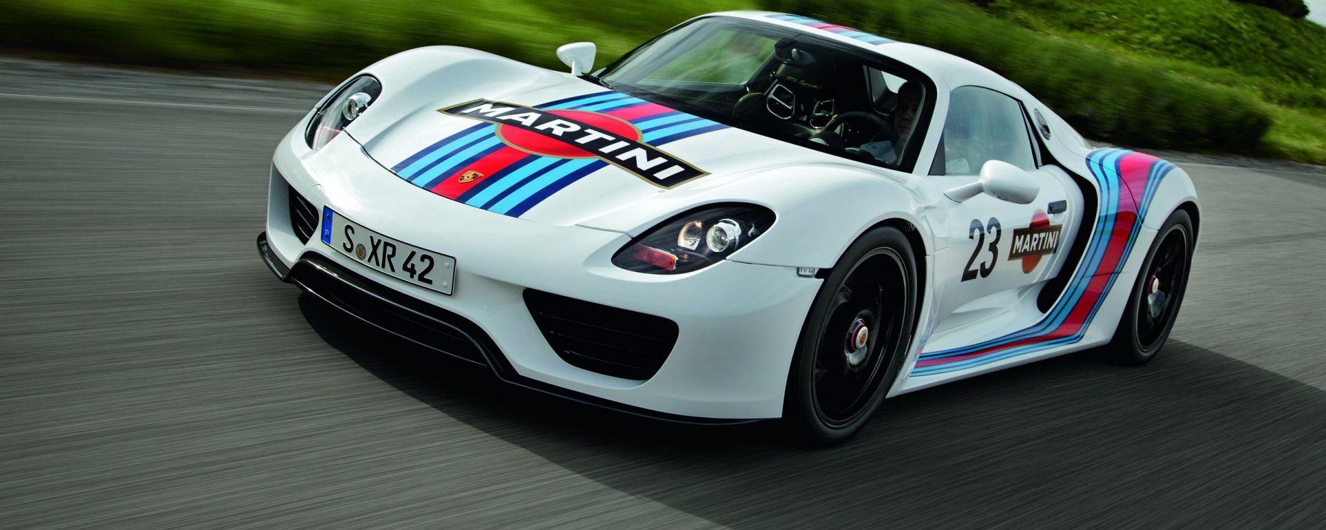 Porsche 918 Spyder: vista 3/4 anteriore