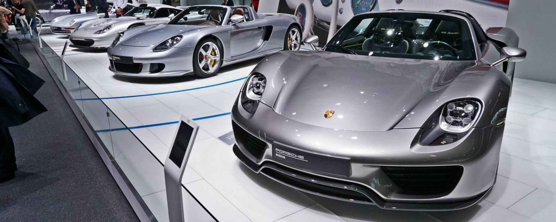 Porsche, al Salone di Parigi 2018 una carrellata di supersportive
