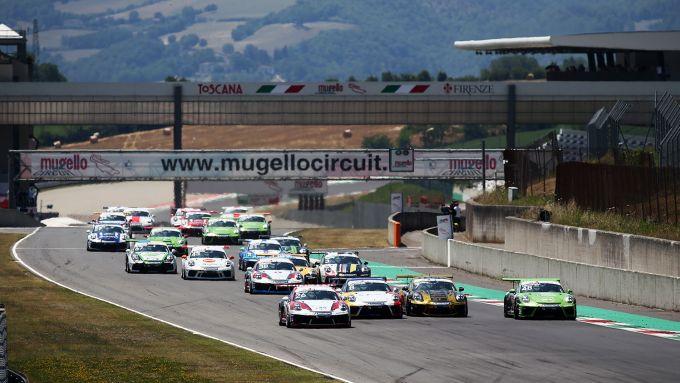 Porsche Carrera Cup Italia 2019, Mugello: le 911 GT3 Cup al via