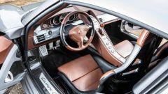 Porsche Carrera GT (2004): gli interni