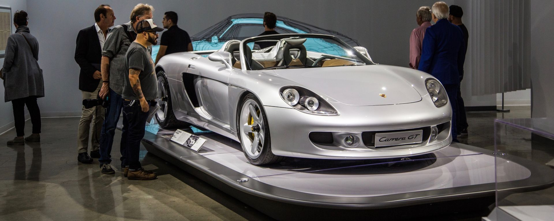 Porsche Carrera GT esposta al Petersen Automotive Museum
