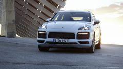 Porsche Cayenne: allo studio una versione completamente elettrica - Immagine: 2