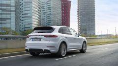 Porsche Cayenne: allo studio una versione completamente elettrica - Immagine: 1