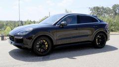 Porsche Cayenne Coupé, spiata l'anti BMW X6. Ecco come sarà - Immagine: 13