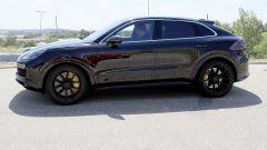Porsche Cayenne Coupé, spiata l'anti BMW X6. Ecco come sarà - Immagine: 14