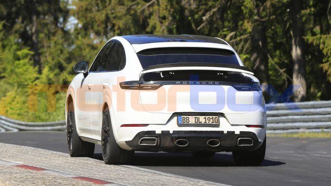 Porsche Cayenne Coupé GTS: il fascione posteriore potrebbe non essere definitivo