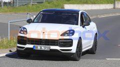 Porsche Cayenne Coupé GTS: il frontale