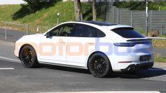 Porsche Cayenne Coupé GTS nei test sul Nordschleife