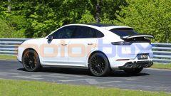 Porsche Cayenne Coupé GTS: si noti lo spoiler posteriore a scomparsa