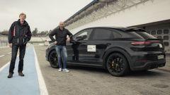 Nuova Cayenne Turbo S il SUV definitivo? Sentite Walter Röhrl - Immagine: 5
