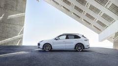 Porsche Cayenne E-Hybrid 2018: SUV ibrido plug-in sportivo - Immagine: 3