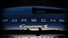 Porsche Cayenne S E-Hybrid - Immagine: 32