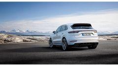 Porsche Cayenne Turbo 2018: 550 cv e aerodinamica attiva - Immagine: 2