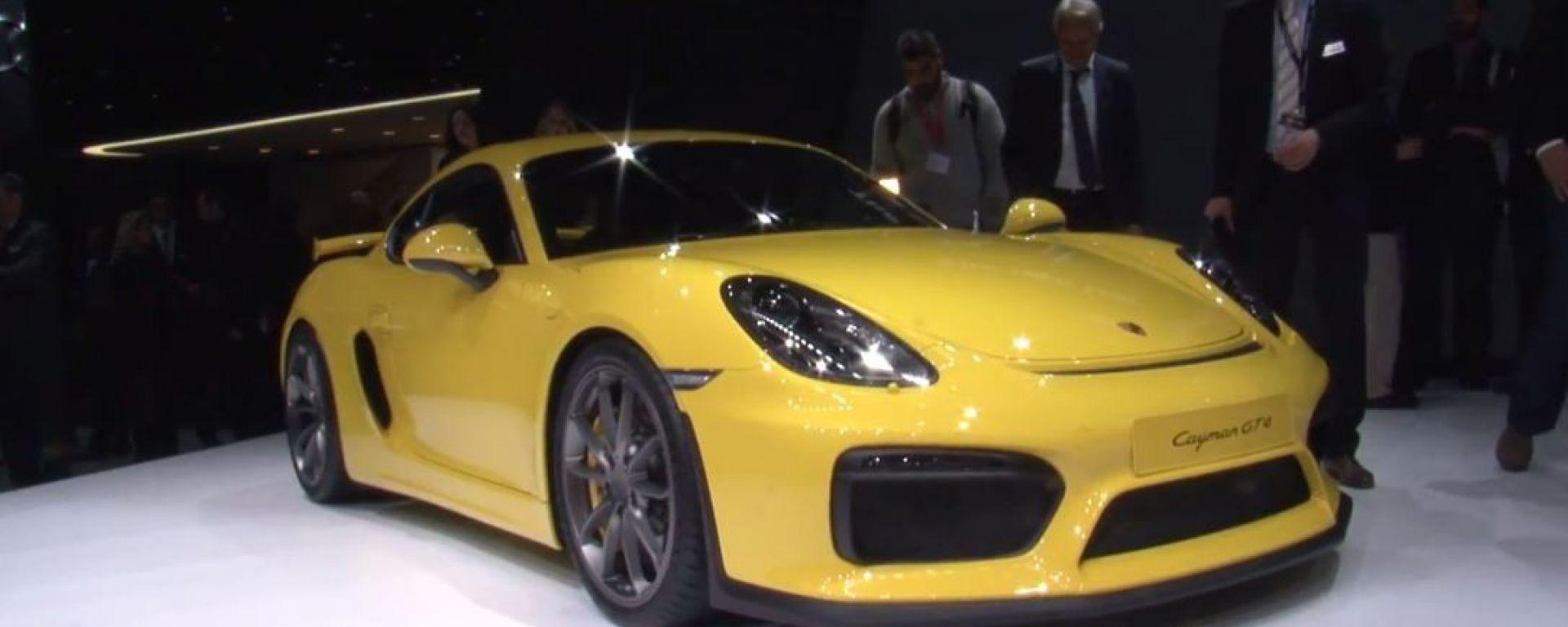 Porsche Cayman GT4 e 911 GT3RS in video