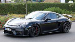 Porsche Cayman GT4: rumors e prime foto spia del facelift - Immagine: 4