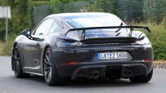 Porsche Cayman GT4: rumors e prime foto spia del facelift - Immagine: 7