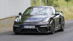 Porsche Cayman GT4: rumors e prime foto spia del facelift - Immagine: 8