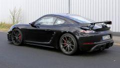 Porsche Cayman GT4: rumors e prime foto spia del facelift - Immagine: 13