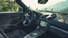 Porsche Cayman GTS 4.0: l'abitacolo