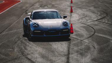 Porsche Experience Center Franciacorta: slalom didattico in un corso di guida sicura