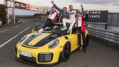 Porsche GT2 RS conquista il record al Nurburgring