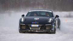 Porsche Ice Experience Artic: a scuola di drifting con le 911 GTS - Immagine: 5